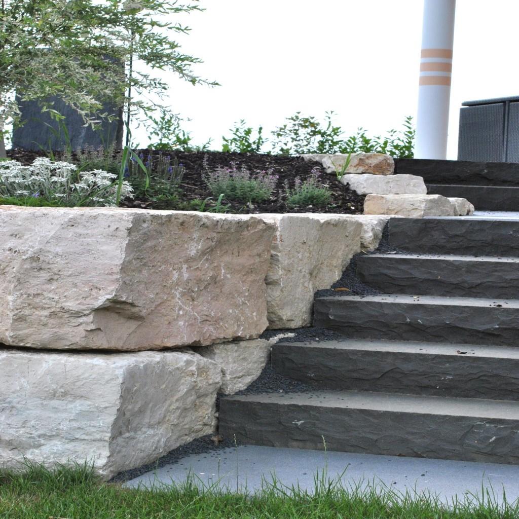 Treppenaufgang_Trockenmauer